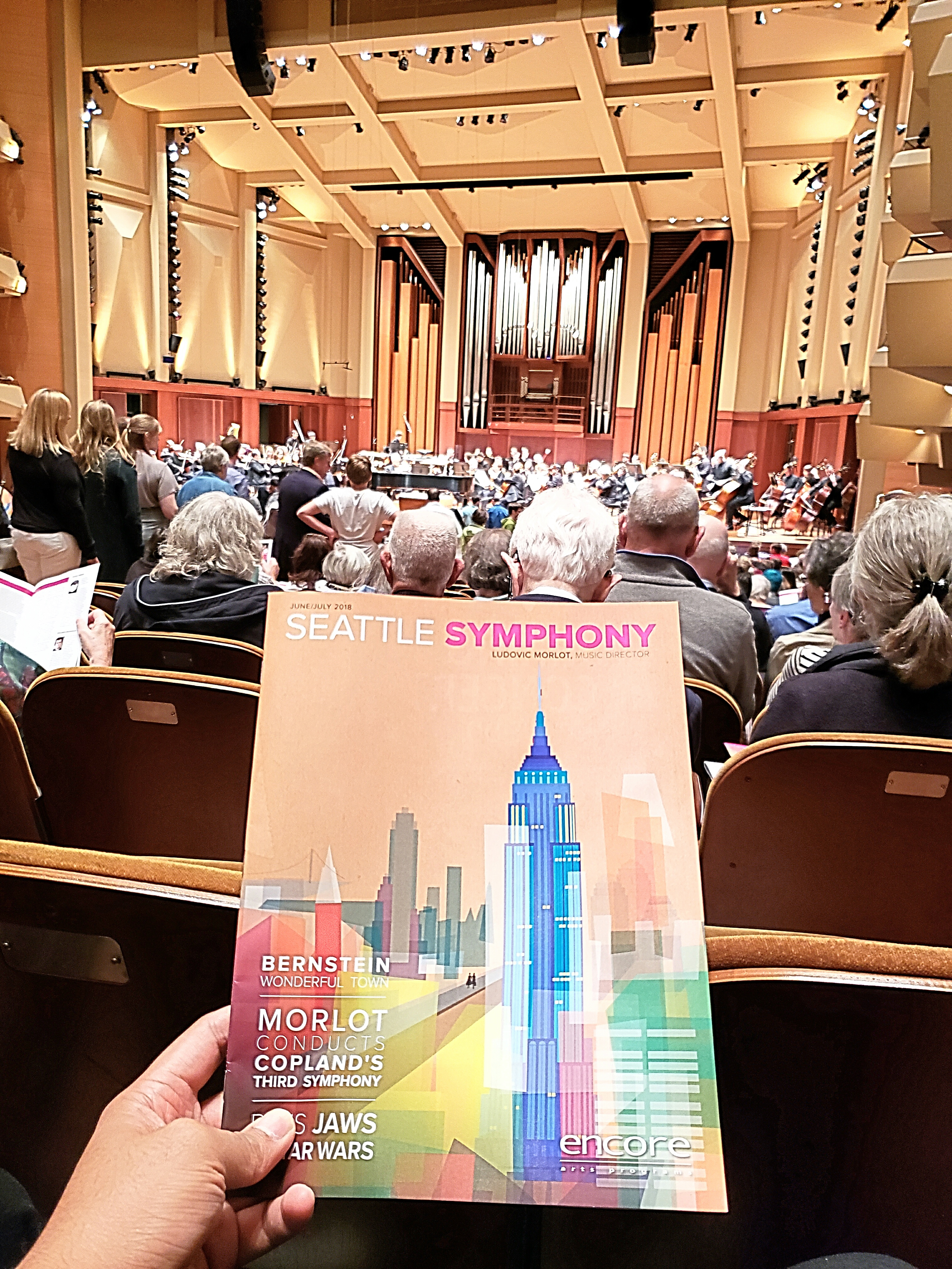 Attended the Seattle Symphony featuring music by Camille Saint-Saëns & Fredrick Chopin. 2nd time in my life @ the symphony. I must say, the audience is VERY gratuitous w/ applause & standing ovation than what I'm used to in musicals. Thanks for the tix Paul!