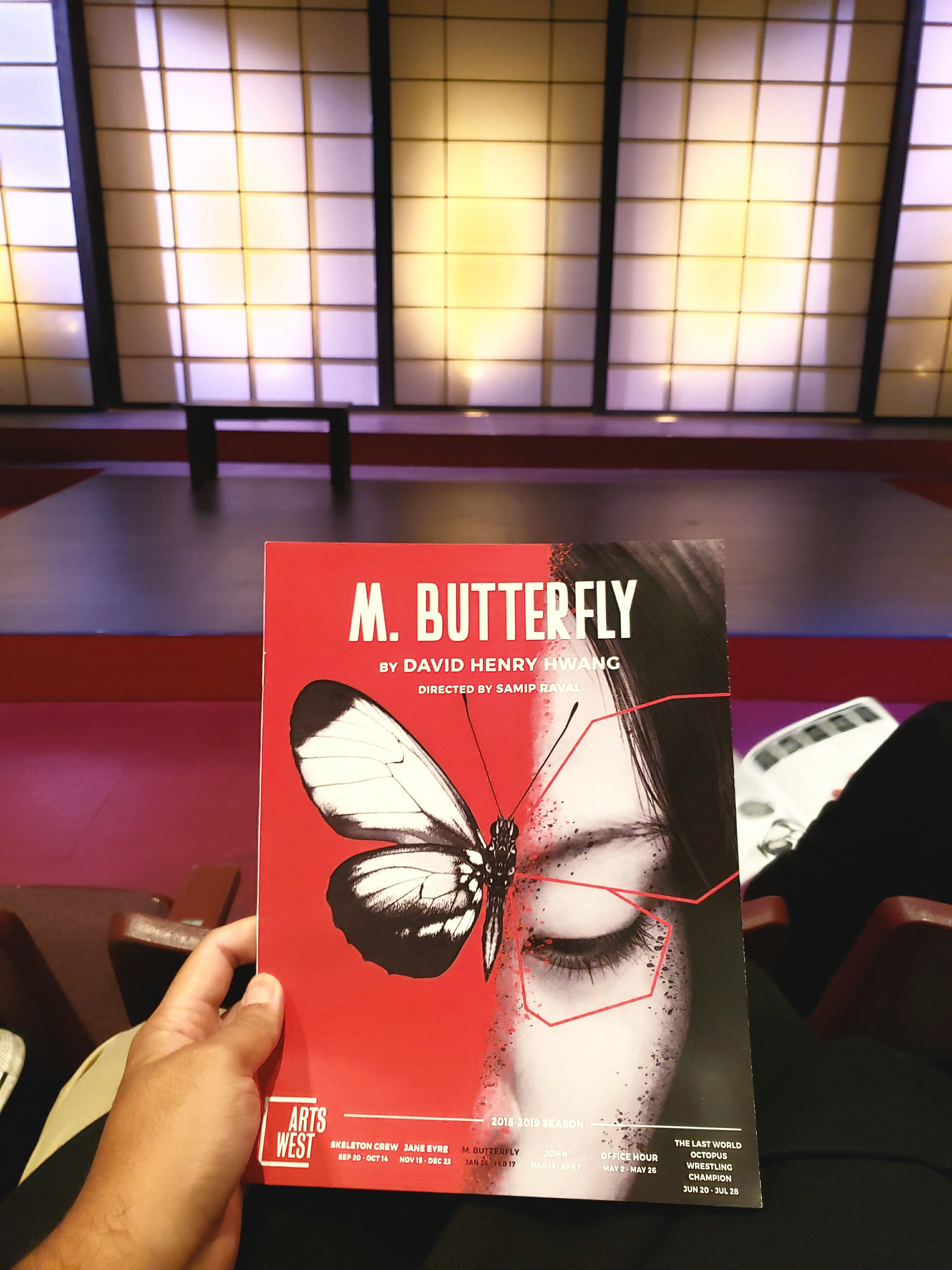 #Riveting Tony Awards-winning #play M. Butterfly. #Multilayered commentary on #gender/#sexual conformity, #Asian #racial stereotypes, & #east vs #west. A #Seattle play finally uses #nudity constructively. #madameButterfly