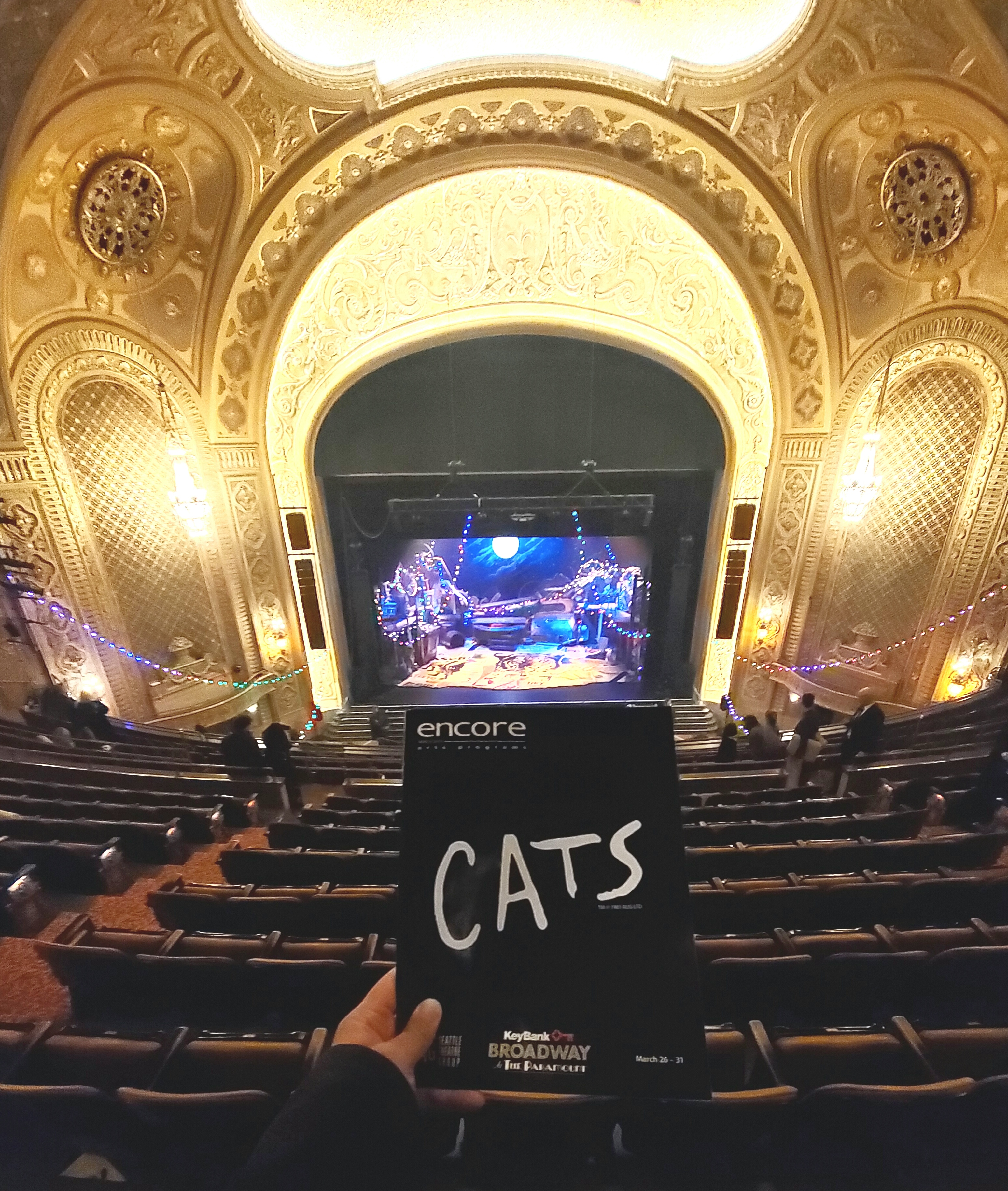 @CatsBroadway w/ @STGPresents in #Paramount Theatre. Amazing
